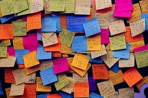 Yapışkanlı Not Kağıtları kategorisi için resim